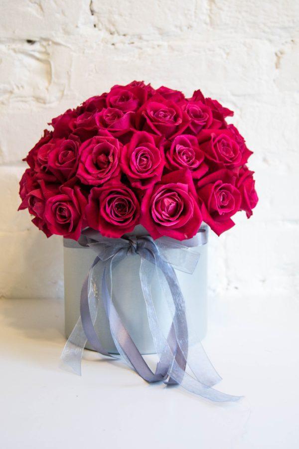 купить розы в коробке минск