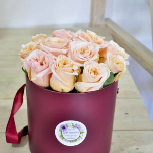 коробка с розами минск