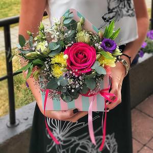 купить цветы ко Дню учителя