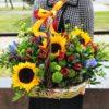 купить корзинку с цветами минск
