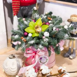 цветы в коробке минск
