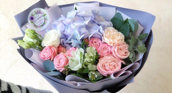 Преимущества заказа букета цветов в интернете