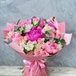 Букет с пионами и пионовидной розой №3