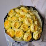 Монобукет из пионовидных роз «Каталина»