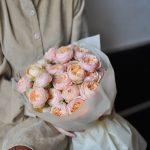 Монобукет из пионовидных роз «Свит Каталина»